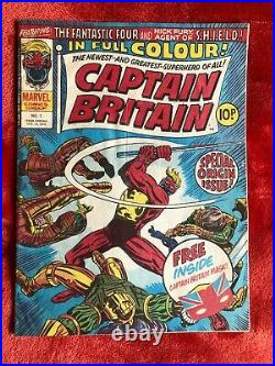 CAPTAIN BRITAIN #1 Marvel Comics 1st Appearance Captain Britain with Gift Mask