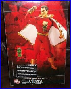 DC Direct Collectibles 12 13 Inch 1/6 Scale Series Captain Marvel Shazam Figure