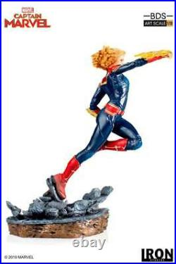 Iron Studios Marvel Comics Captain Marvel Statue 1/10