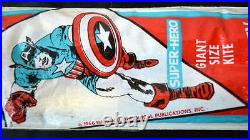Rare 1966 CAPTAIN AMERICA Giant Size KITE COMPLETE & UNUSED Pressman Marvelmania
